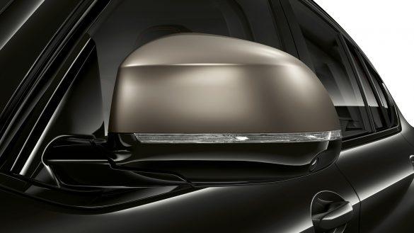 BMW X4 M galvanisierte Spiegelkappen in Cerium Grey